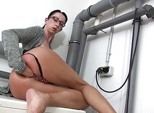 Amateur,fingering,german,milf,matures,kinky,fisting